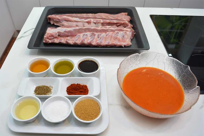 Costilla asada con salsa barbacoa for Salsa barbacoa ingredientes