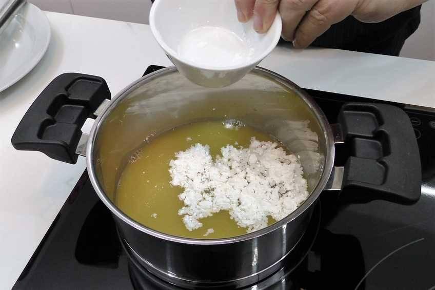 Paso 1 de Cómo hacer salsa de naranja