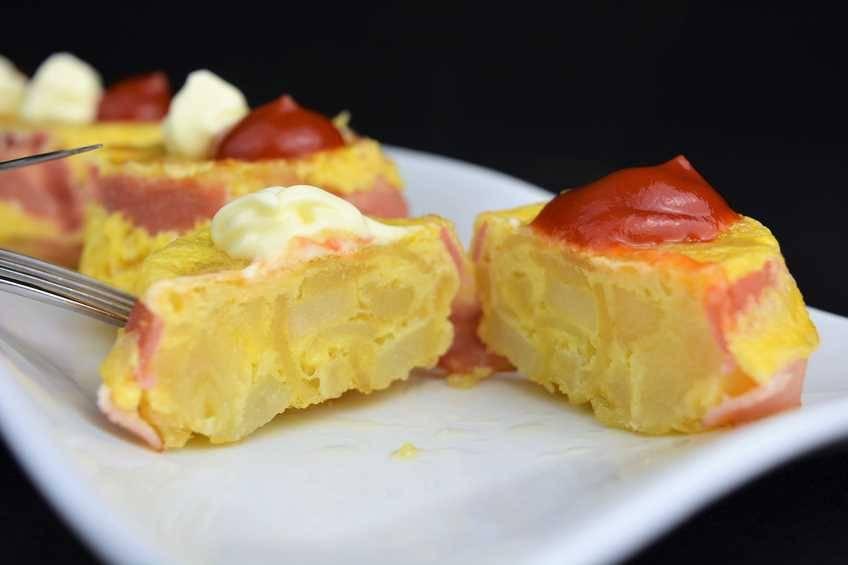 Paso 5 de Cupcakes de tortilla de patata y beicon