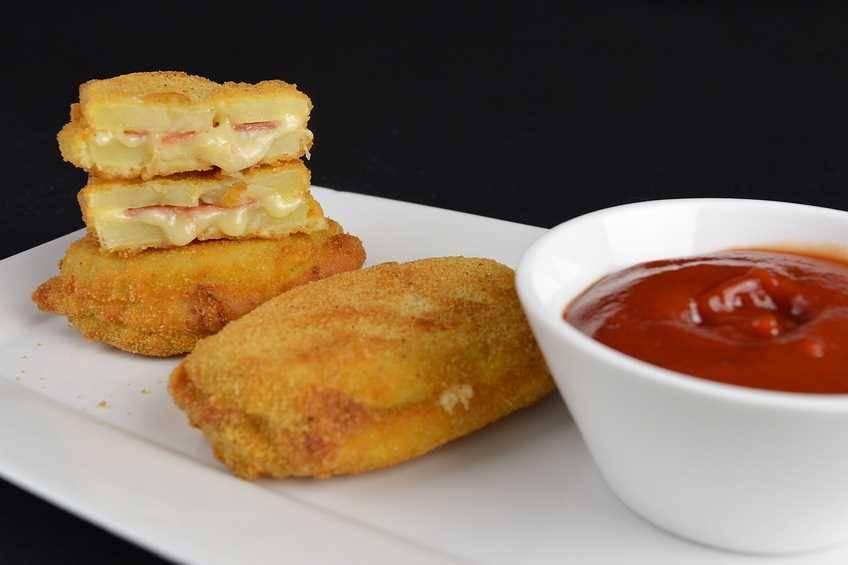Paso 4 de Sándwich de patata con jamón y queso