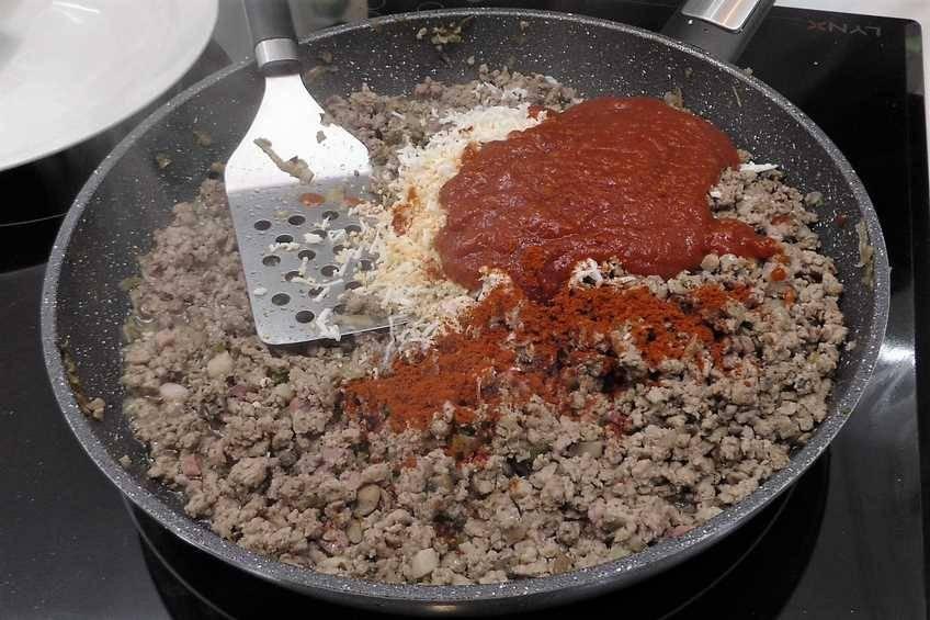 Paso 4 de Relleno de carne para empanadas