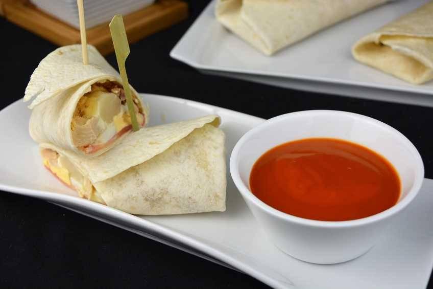 Paso 4 de Burrito de verduras con atún
