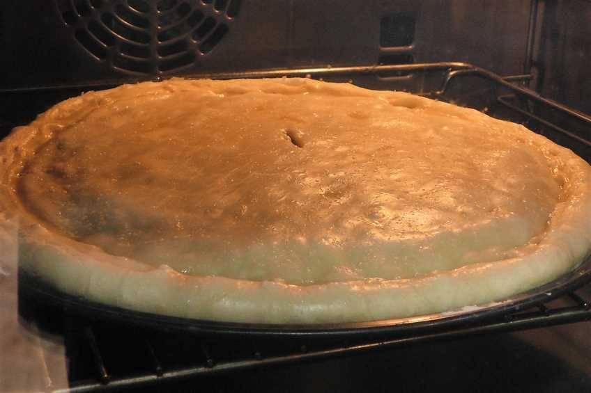 Paso 5 de Empanada de carne con masa de hojaldre