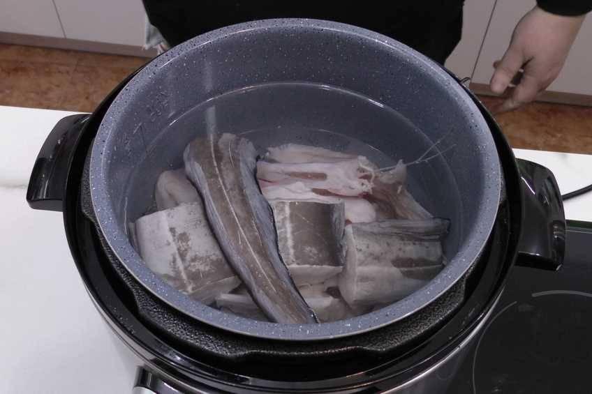 Paso 2 de Sopa de fideos y almejas