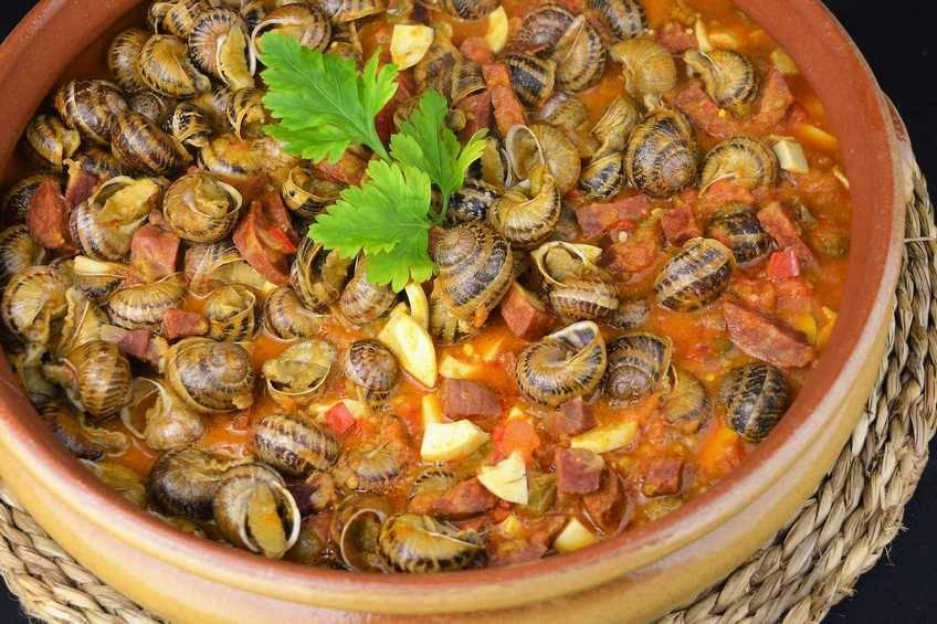 Paso 6 de Caracoles en salsa picante