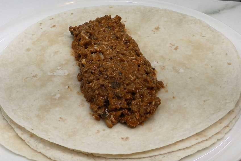 Paso 2 de Burritos de carne con chipotle y jalapeño
