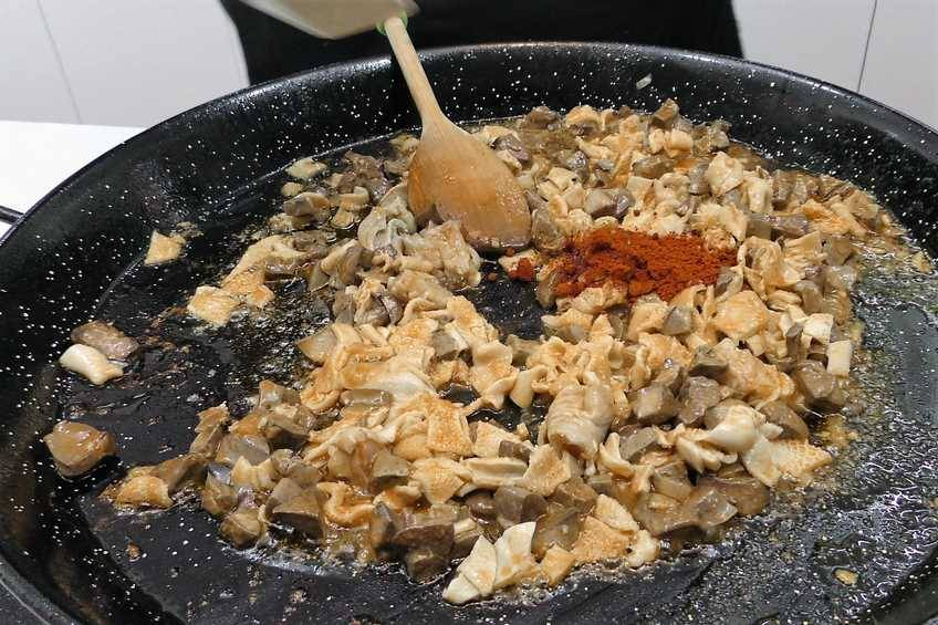 Paso 5 de Chanfaina, receta casera