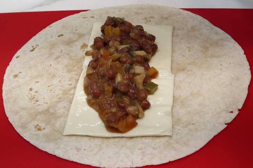 Paso 6 de Burritos con caparronas de Anguiano