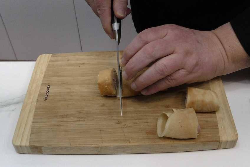 Paso 4 de Crepes rellenas de jamón y queso