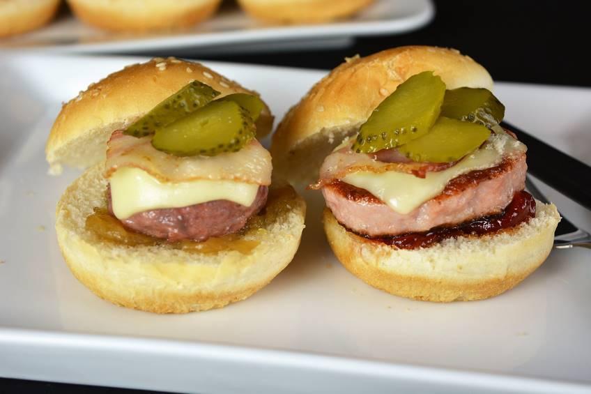 Paso 5 de Minihamburguesas con caramelizados IBSA