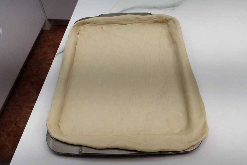 Paso 6 de Cómo hacer hornazo, receta típica de Salamanca