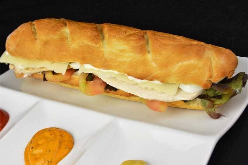 Paso 6 de Bocadillo vegetal con pan casero