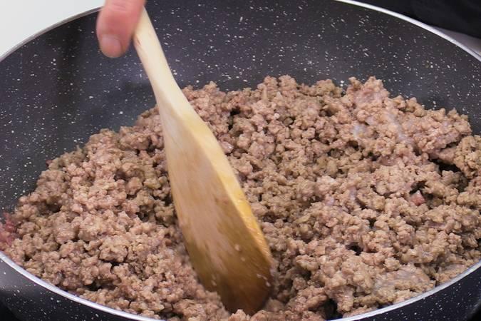 Paso 1 de Pimientos rellenos de carne espectaculares