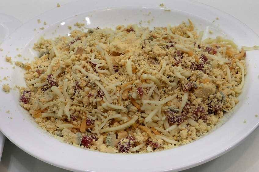 Paso 3 de Croquetas de huevo relleno de jamón y queso