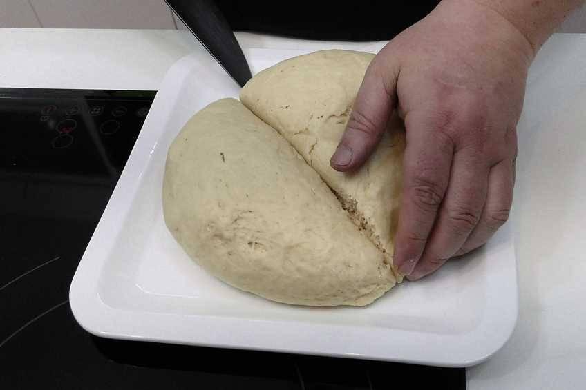 Paso 4 de Empanada de pollo con masa crujiente
