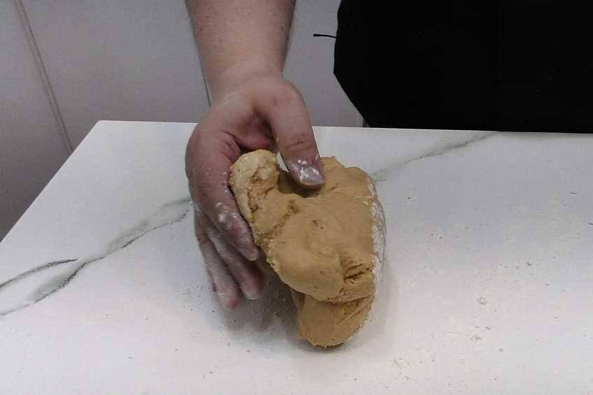 Paso 5 de Cómo hacer masa para empanada gallega