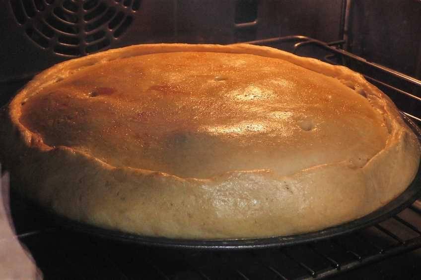 Paso 9 de Empanada gallega de carne, la auténtica