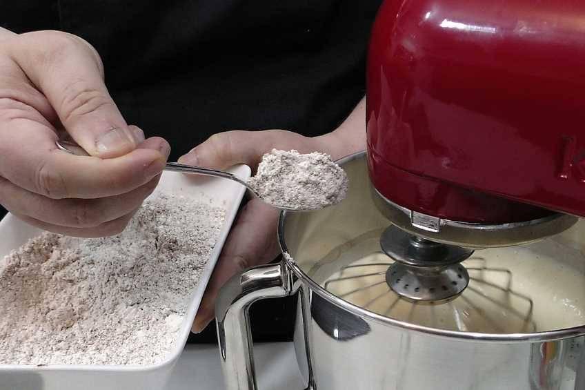 Paso 2 de Tarta Capuccino, receta casera