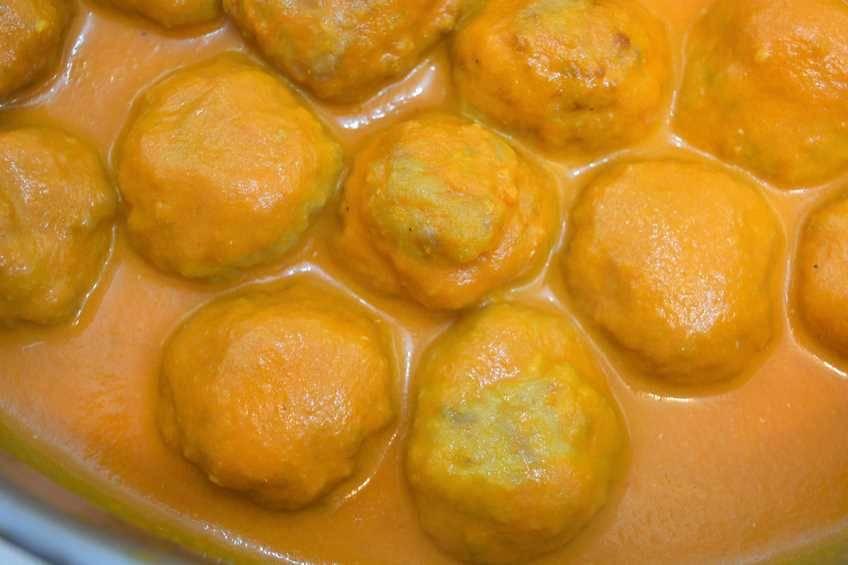 Paso 7 de Albóndigas de pollo con salsa de piquillo