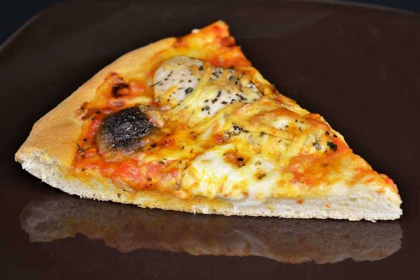 Paso 7 de Pizza de pollo y setas con masa casera