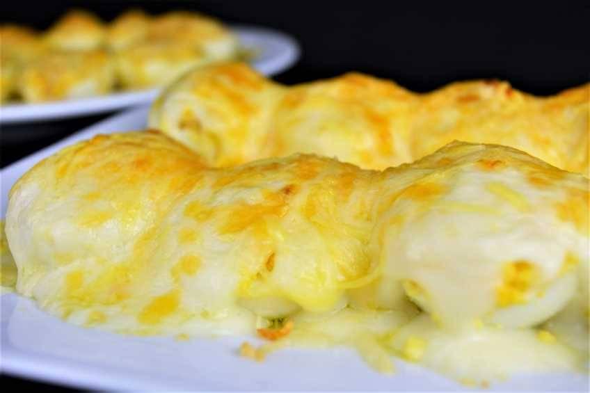 Paso 5 de Huevos rellenos de atún gratinados