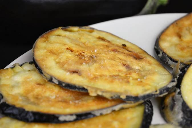 Ya hemos terminado la receta de berenjena frita crujiente