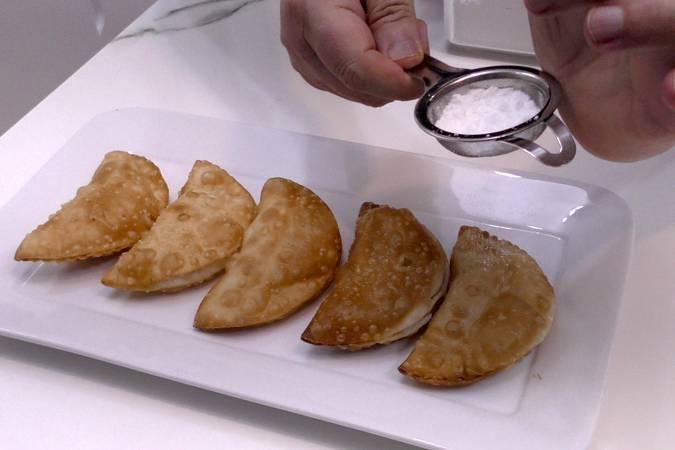 Paso 5 de Empanadillas de manzana caramelizada