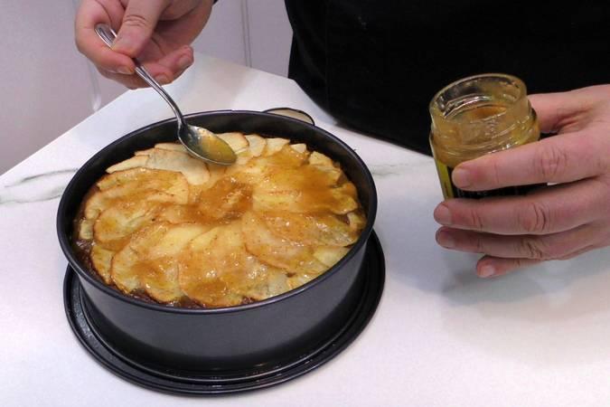 Paso 6 de Tarta de queso y manzana, éxtasis de sabores