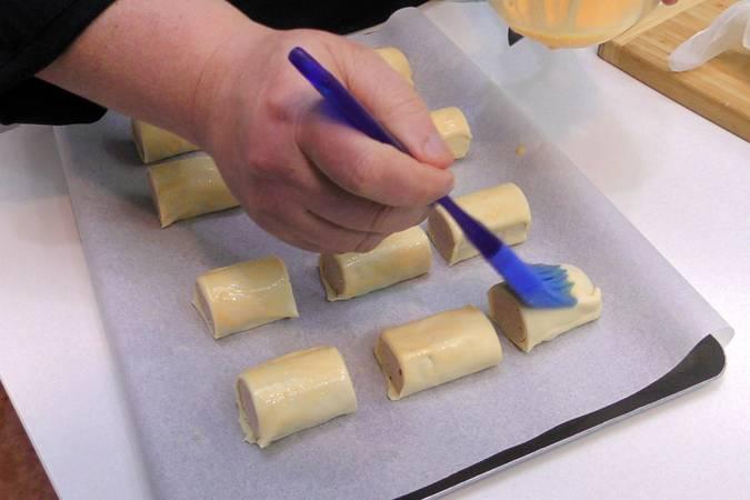 Cortar los rollos en porciones
