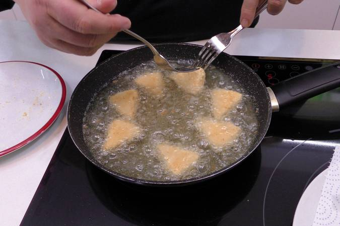 Paso 2 de Cómo hacer queso frito