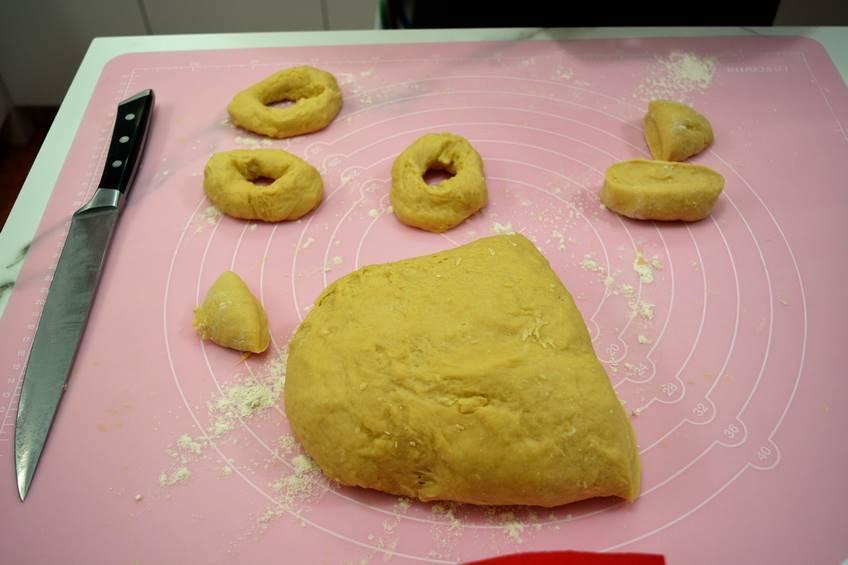 Paso 5 de Rosquillas de nata y limón