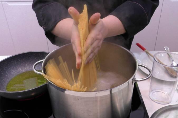 Como cocer los espaguetis