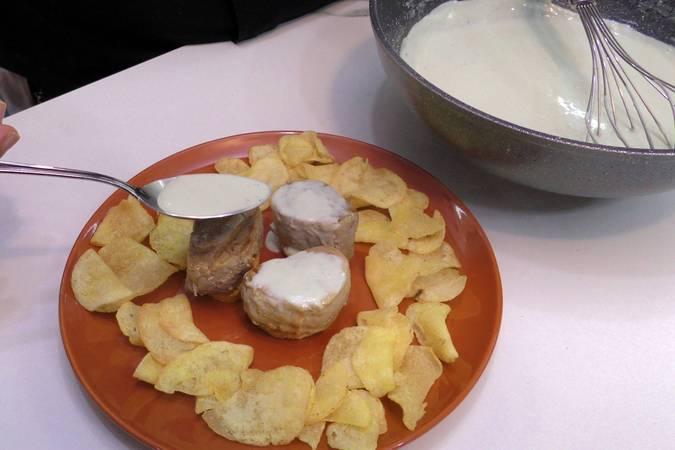 Paso 5 de Solomillo de cerdo con salsa de queso azul
