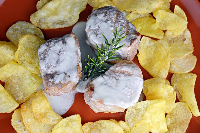 Paso 6 de Solomillo de cerdo con salsa de queso azul