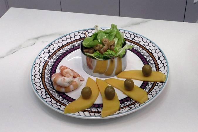 Paso 4 de Ensalada de mango y langostinos