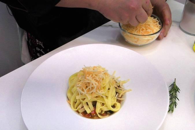 Paso 4 de Pasta con verduras para dieta