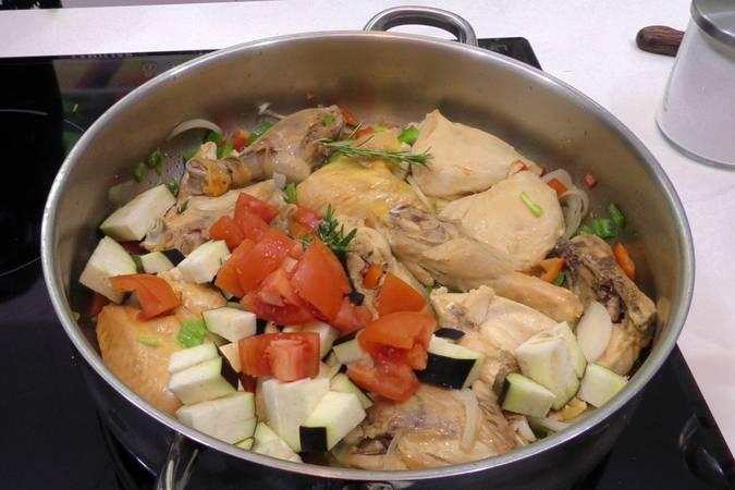Paso 2 de Receta de pollo a la cazadora, receta tradicional