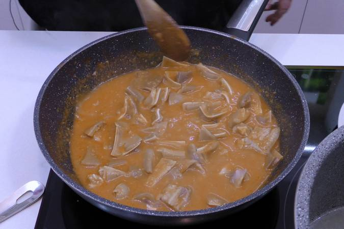 Paso 5 de Oreja de cerdo en salsa picante