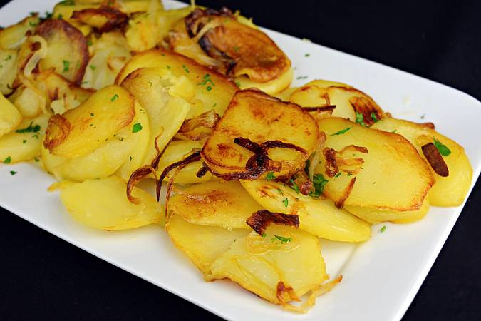 Paso 6 de Como hacer patatas a lo pobre