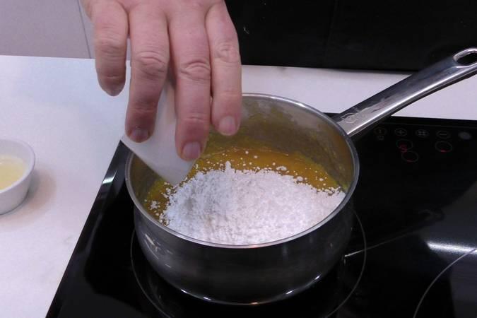 Paso 7 de Tarta helada de Mango