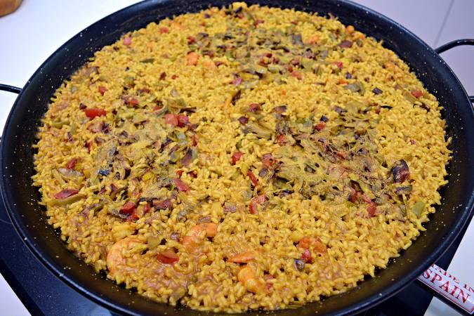 Paso 8 de Arroz al curry con langostinos y verduras