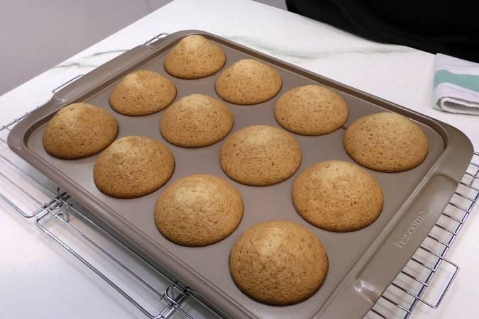 Paso 6 de Cupcakes de Pedro Ximénez con crema de queso