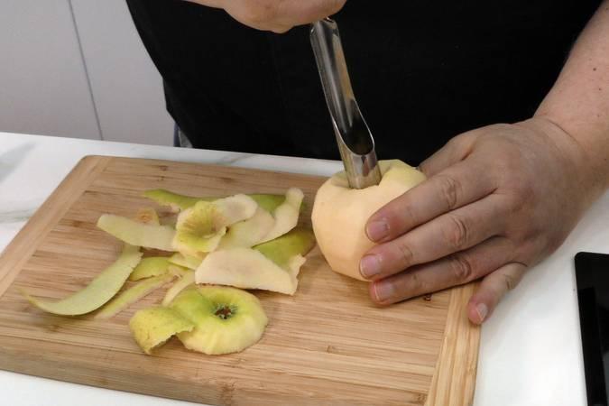Pelar las manzanas