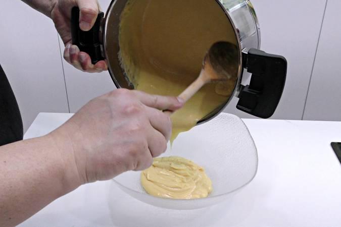 Paso 5 de Receta para hacer crema pastelera fácil y rápida paso a paso