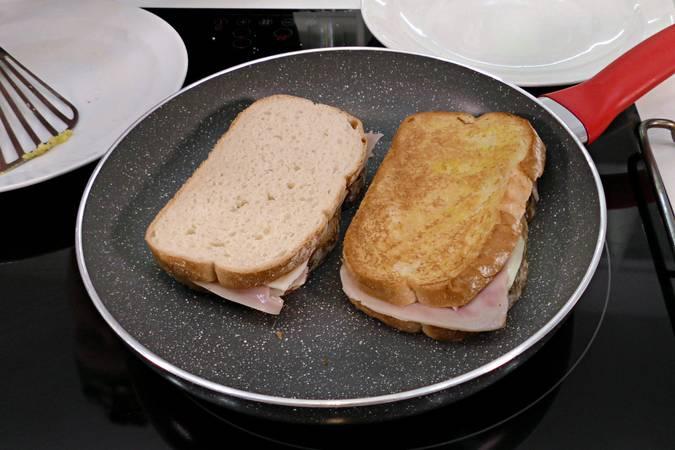 Paso 2 de Cómo hacer un sándwich completo