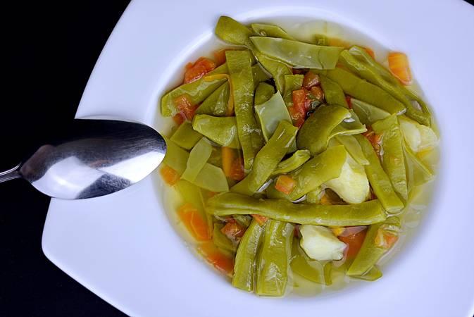 Paso 6 de Judías verdes con tomate y patata