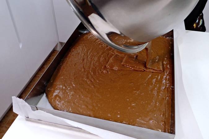 Paso 6 de Tarta tres leches de chocolate