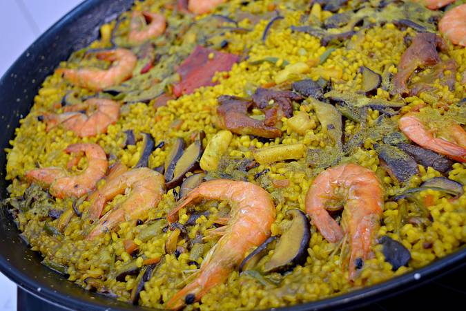 Paso 9 de Paella de arroz mar y montaña