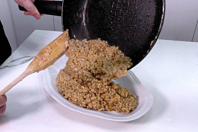 Paso 4 de Canelones de pollo gratinados