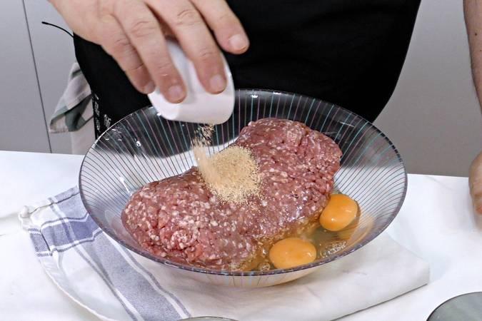 Paso 1 de Albóndigas con salsa de verduras